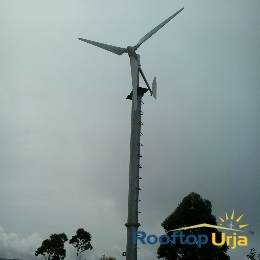 Horizontal Axis Wind Turbine @ Rooftop Urja